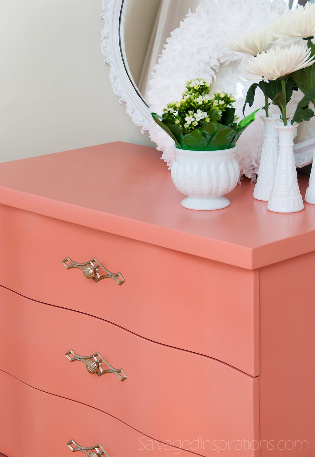 Dresser-Sherwin-Williams-Ravishing-Coral