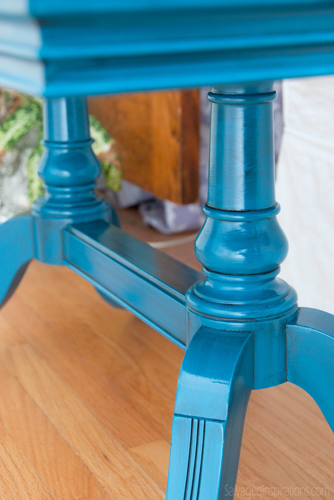 Deilcraft-Table-Legs---Turquoise-Glazed