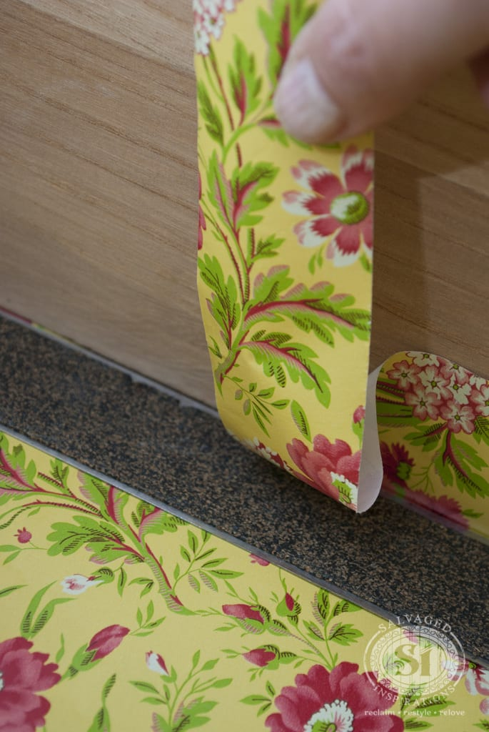 Cutting drawer liners