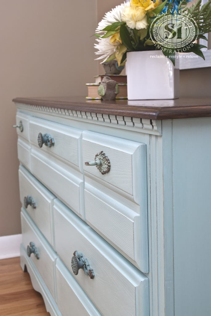 Broyhill Milk Painted Dresser - Eulalies Sky