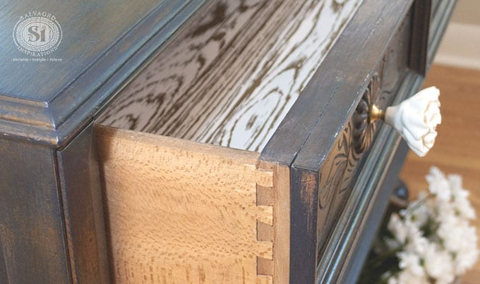 Dovetail Lined Drawer Detail