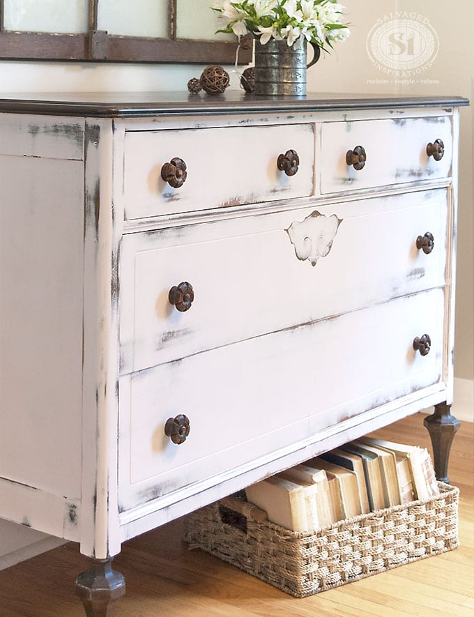 Farmhouse Chic Pink Dresser1