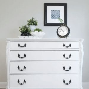 Pure White Chalk Paint | Buffet Makeover