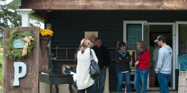 Hot Apple Cider, Steaming Java & a Warm Welcome at Pleasant Pickins' Open House