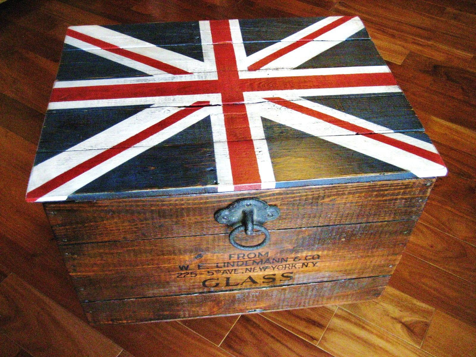 union jack trunk