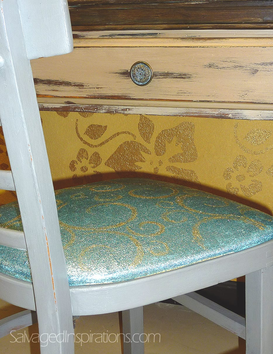 Vintage Home Sparkle Chair