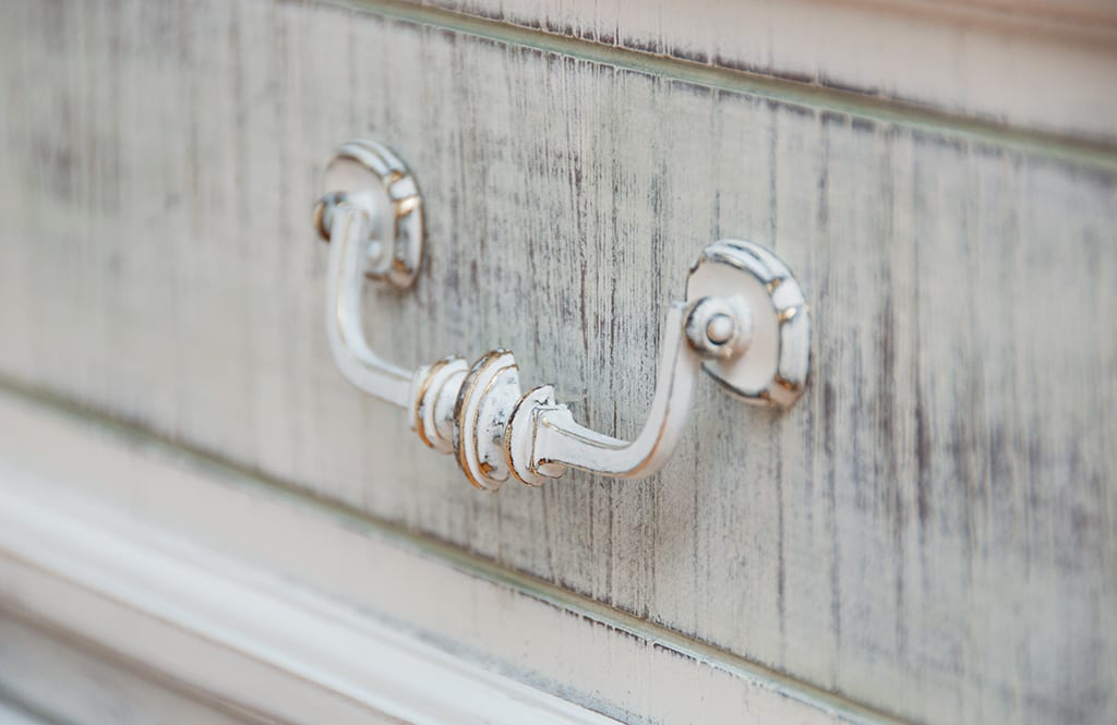 GF-Antique-Painted-Handles