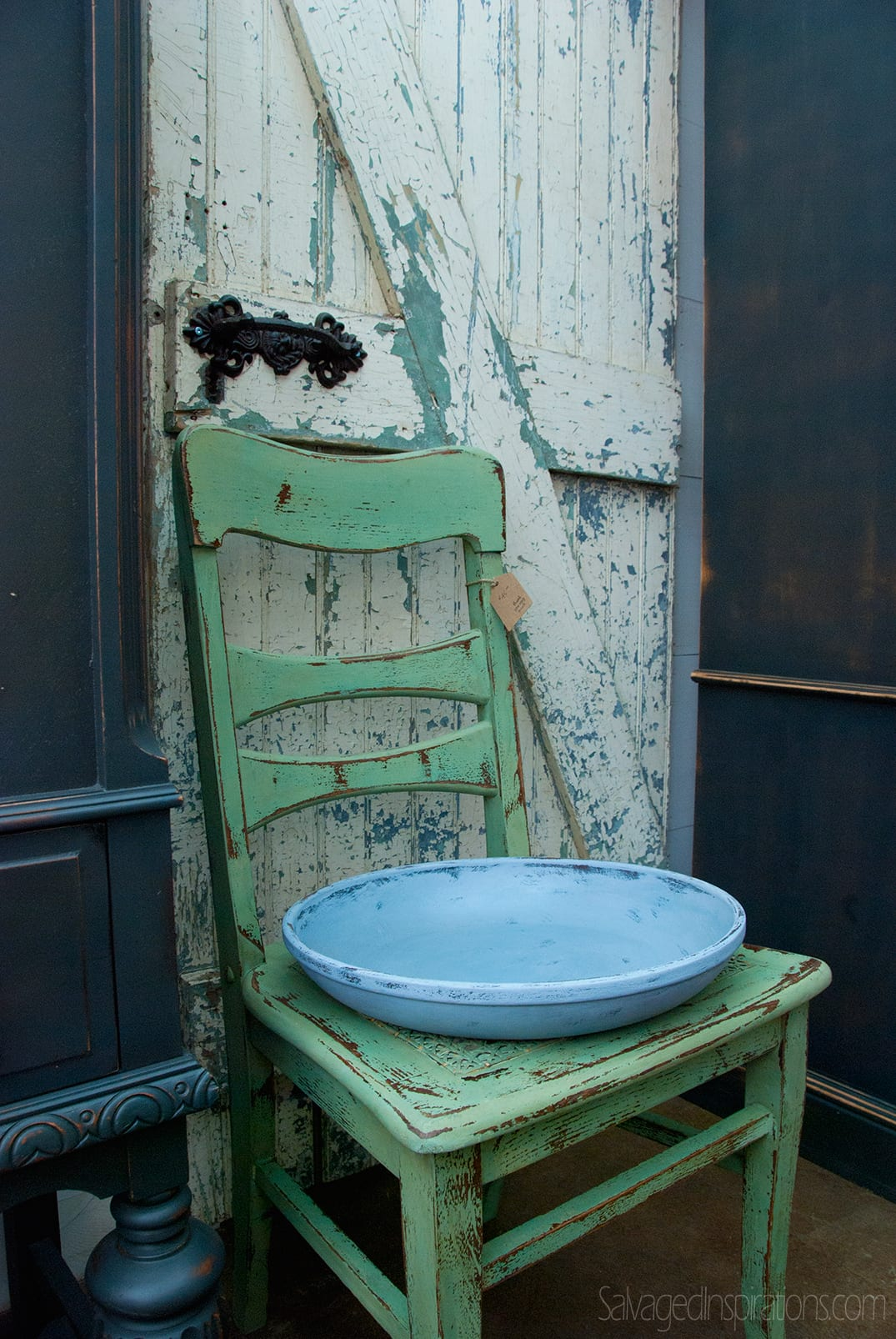 Pleasant-Pickins-Chair&Door