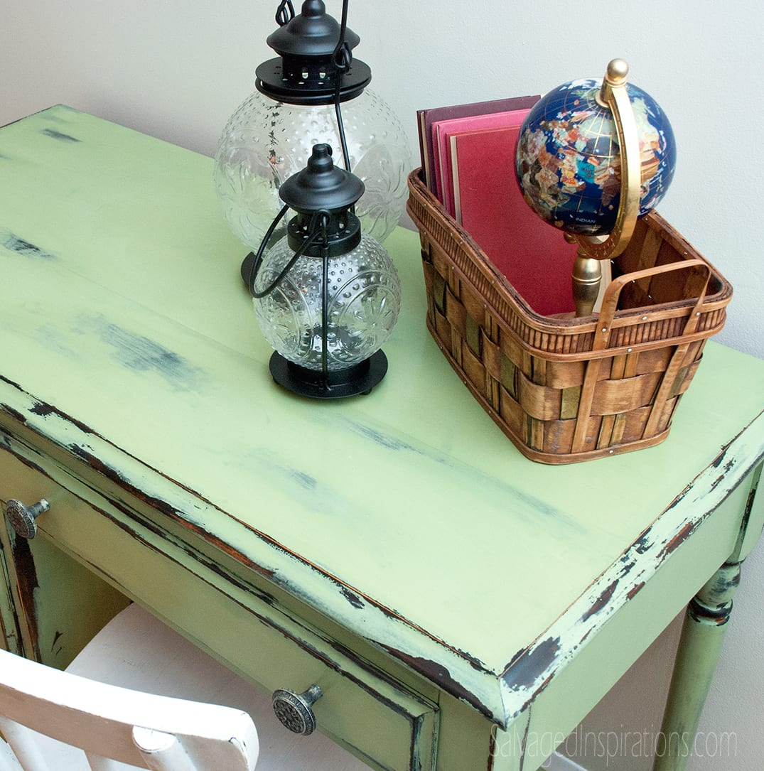Chippy-Vaseline-Distressed-Desk-Top