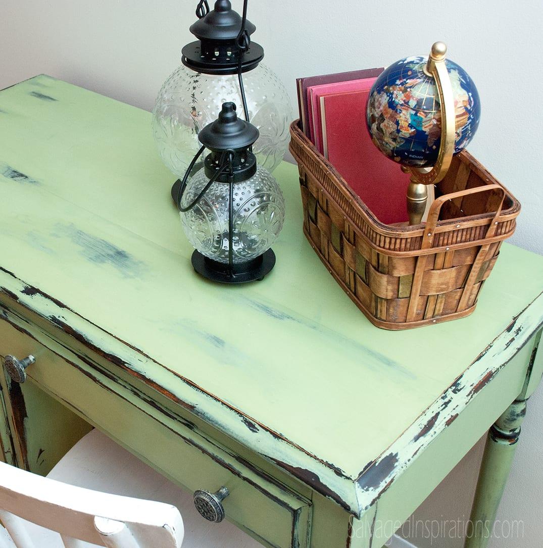 Chippy-Vaseline-Distressed-Desk-Top
