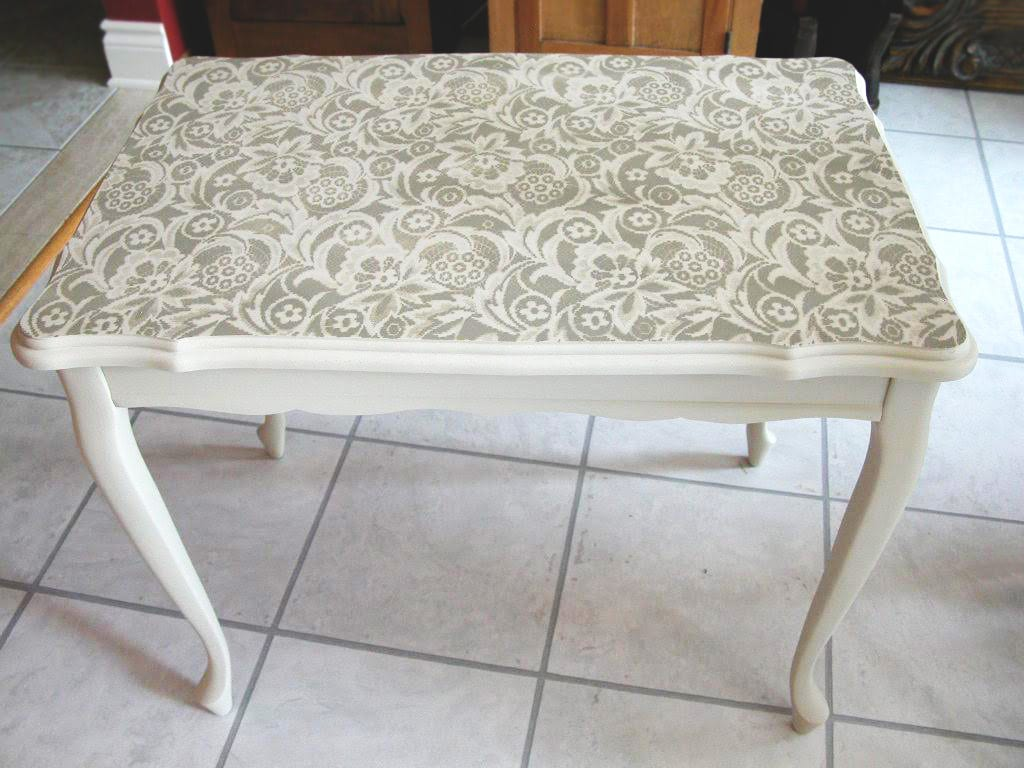 SI Feature - Lace Stencil Table