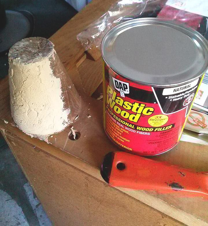 DAP Plastic Wood 4 Furniture Repair