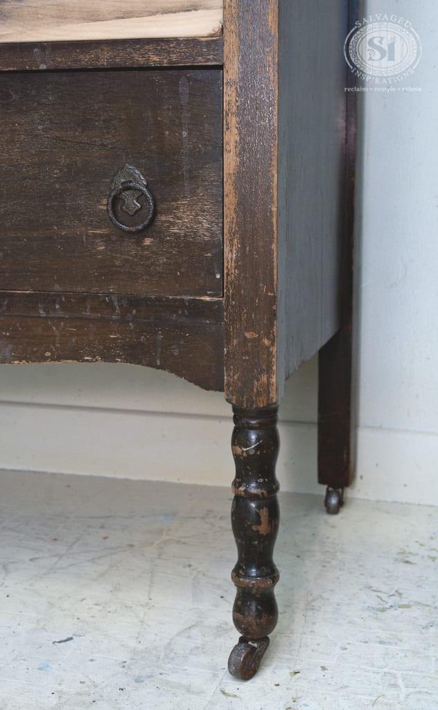 Vintage Dresser Legs&Feet