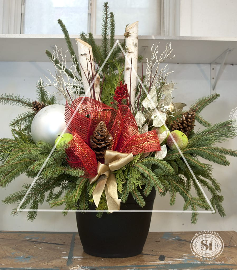 Xmas Urn - Tree Shape Design