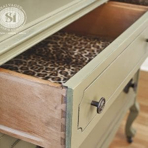Dove Tailed Lined Dresser Drawers2