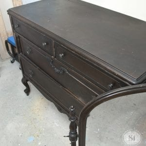 Niagara Region Antique Dresser+Mirror
