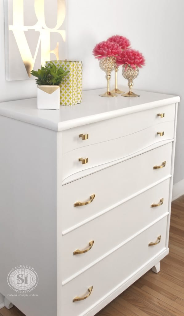 SW 7006 Extra White - Kroehler Dresser