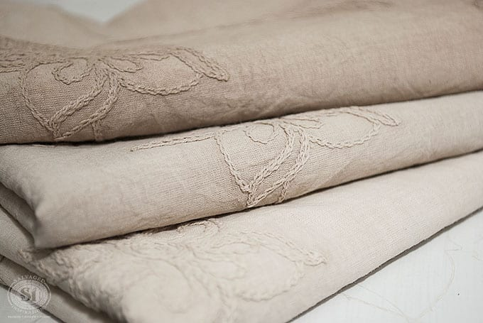 cardamom-brown-gf-chalk-style-dyed-fabric
