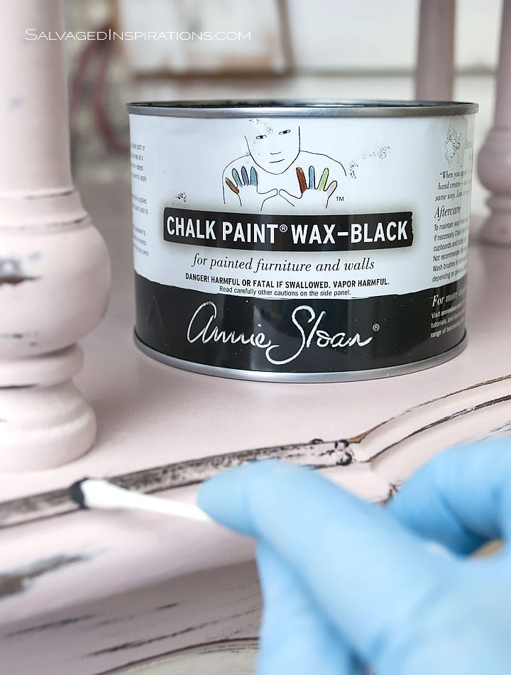 Highlighting Details w Annie Sloan Black Wax