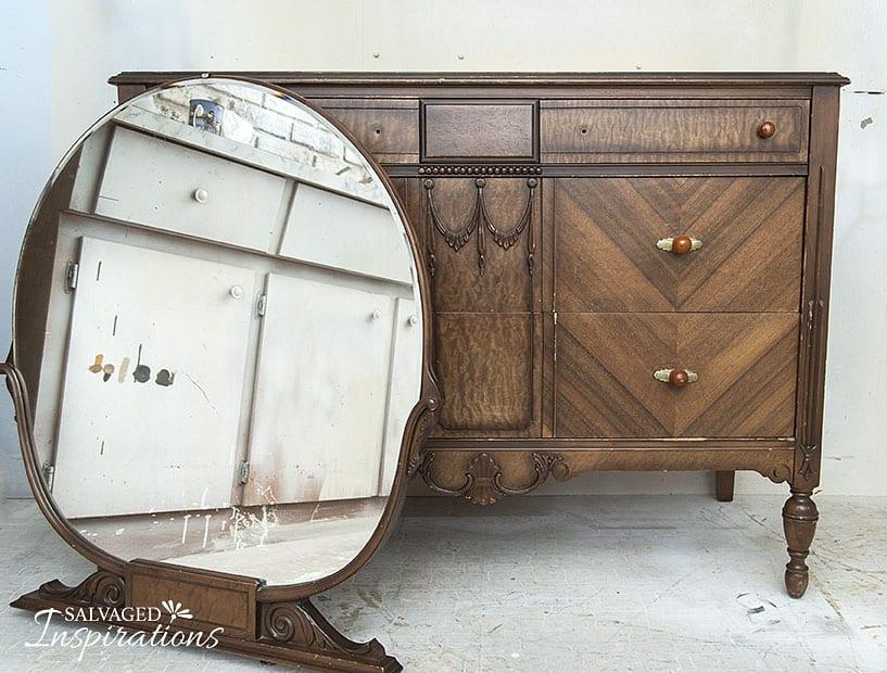 Vintage Deco Dresser Oakvl