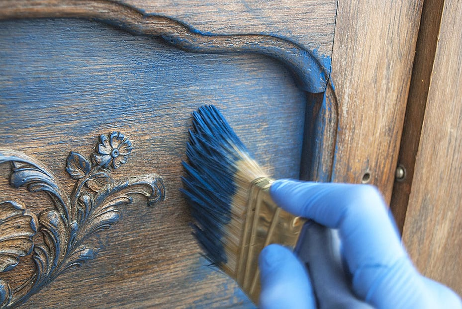 Painting Buffet Doors w Dixie Belle Bunker Hill Blue