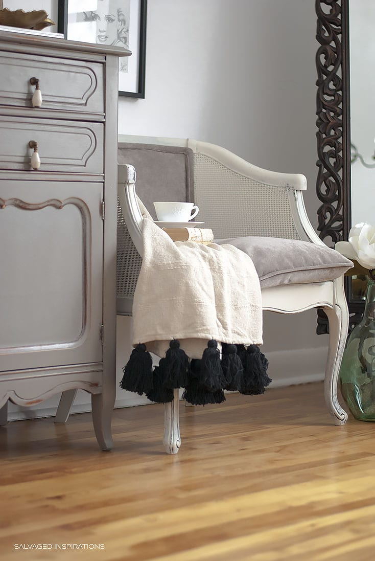 EASY DIY CHAIR UPHOLSTERY MAKEOVER