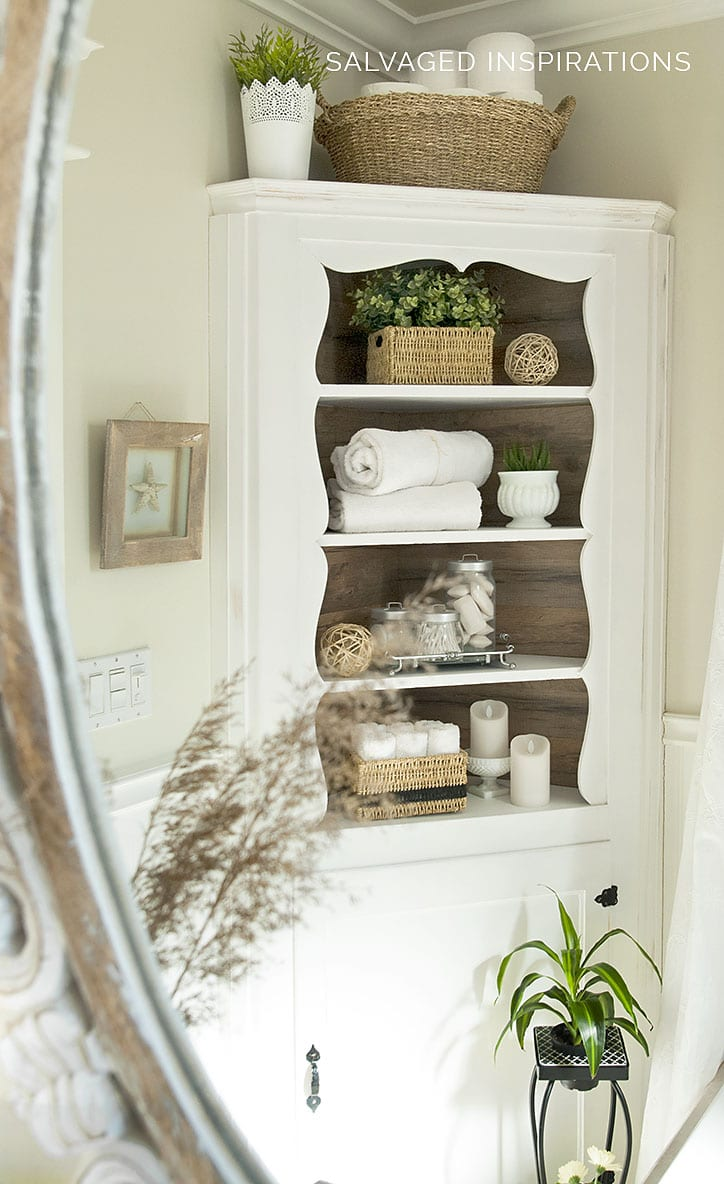 Bathroom Corner Cabinet w Laminate Back Paneling