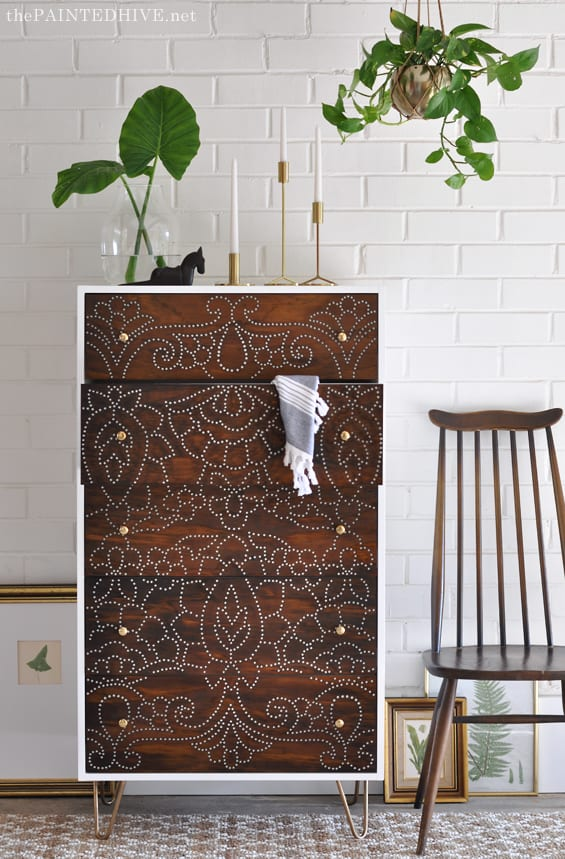 Then She Created This Gorgeous Two Dimensional Stencil Design By Drilling Holes Into The Transferred Staining Plywood And Voila