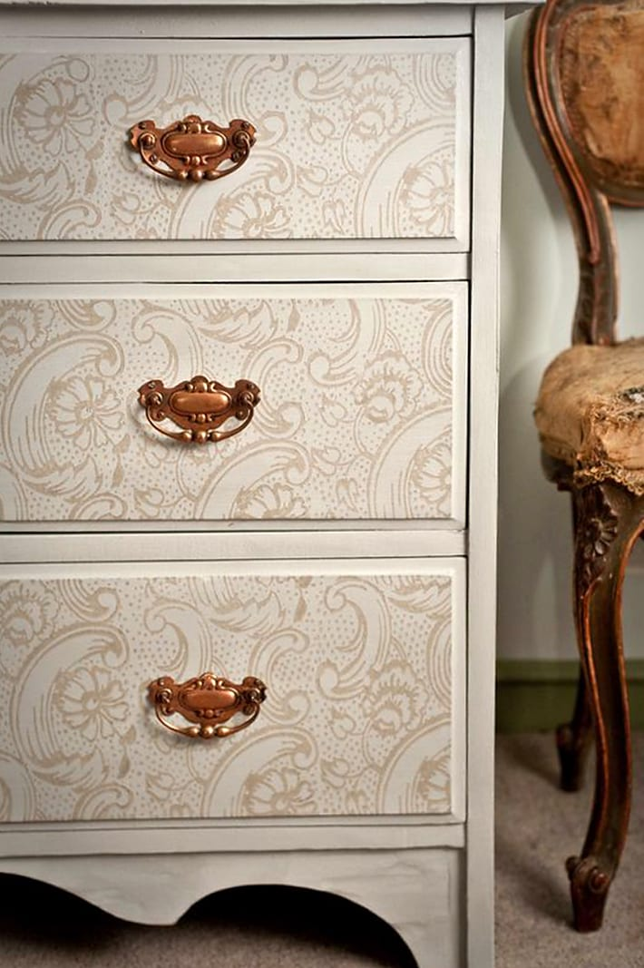 Patterned Paint Roller Furniture Makeover