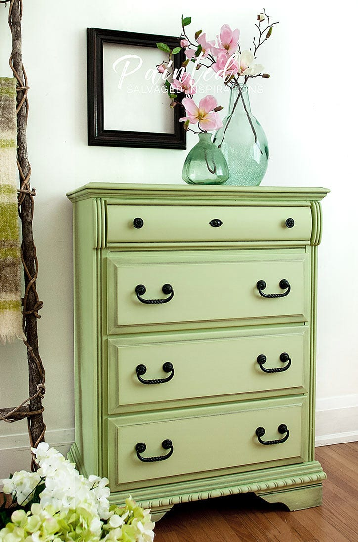 Side View of CurbShopped Dresser Makeover1