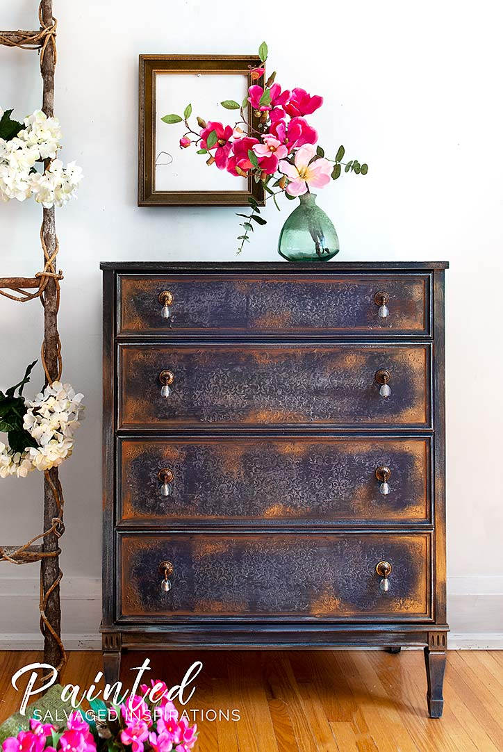 How To - Gilding Wax on Painted FurnitureBlue