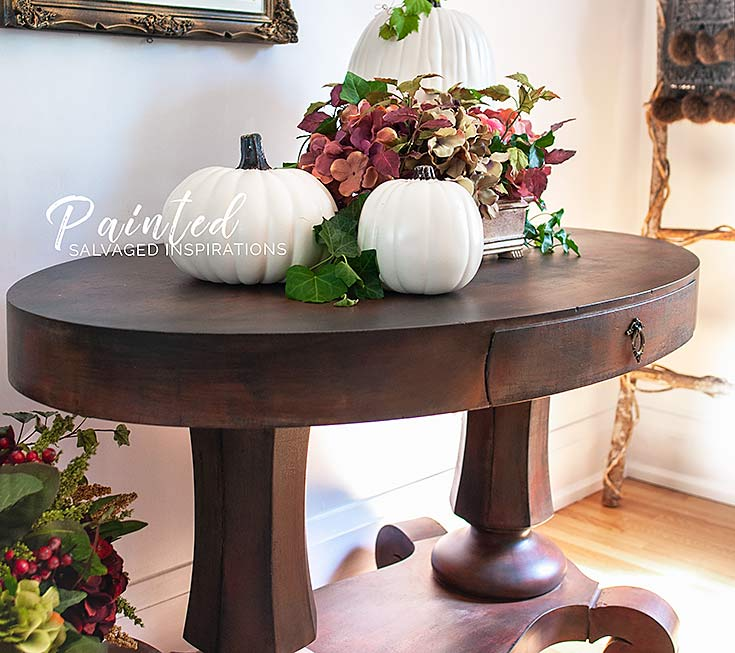 Side View Of Painted Entryway Table