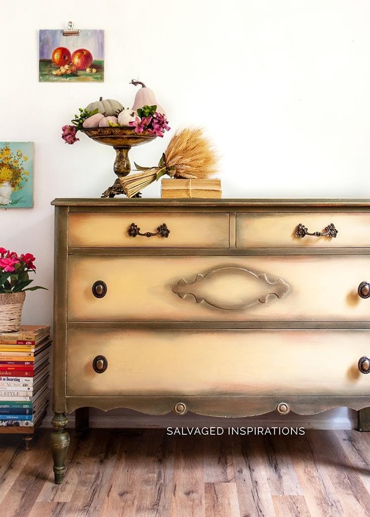 Salvaged Vintage Dresser Makeover - SIBlog