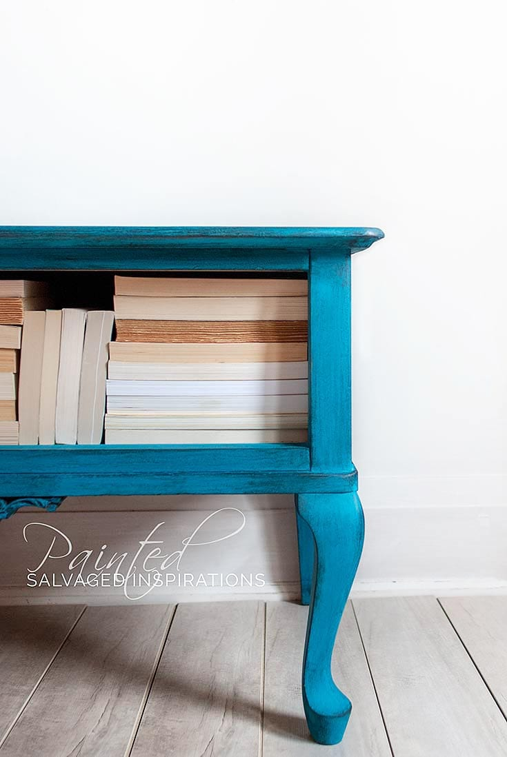 Painted-And-Waxed-End-Table-Makeover1