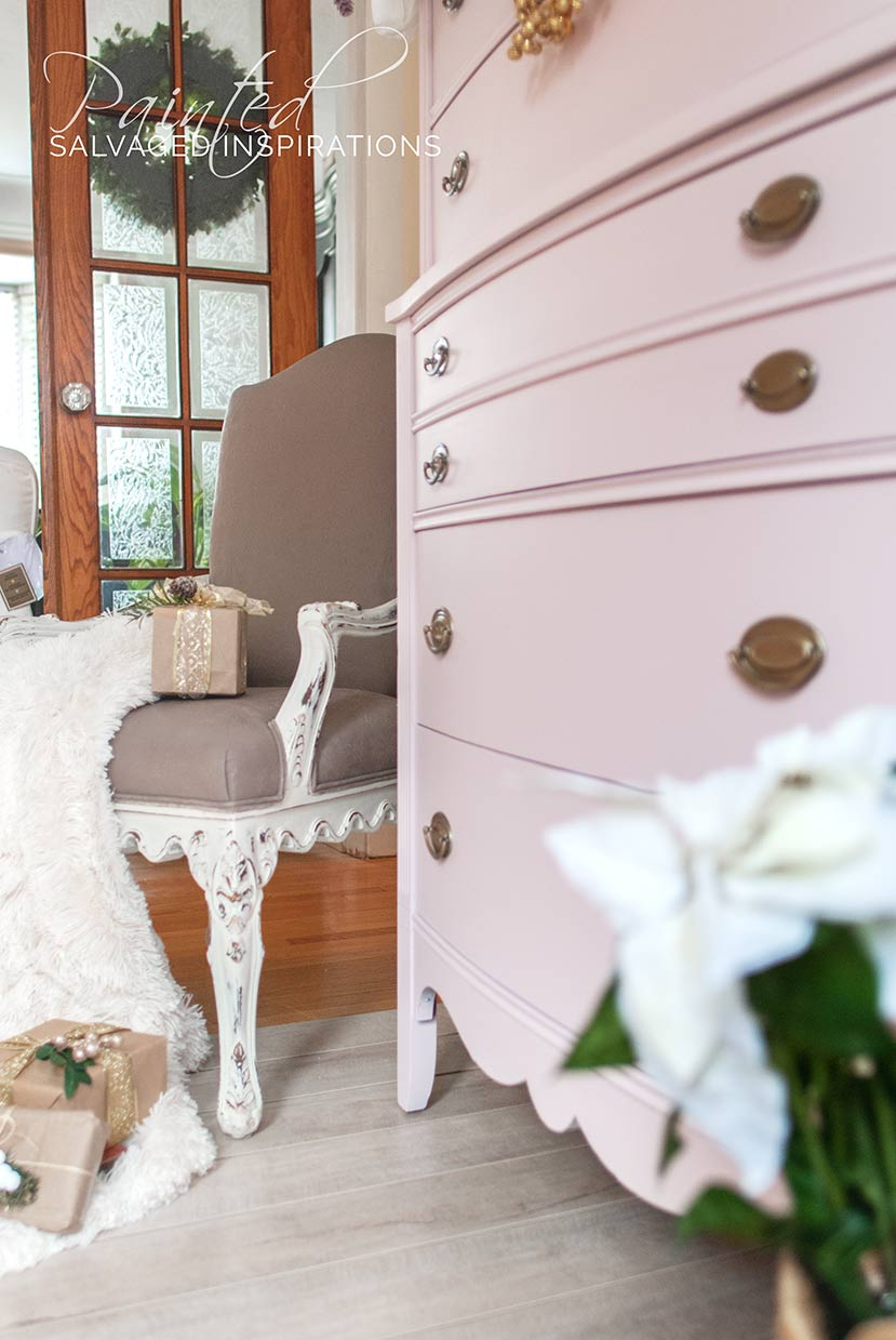Christmas Dresser Pink Champagne