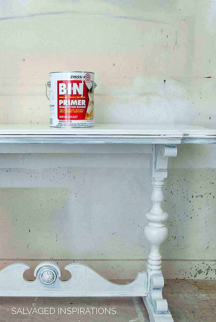Priming Table w BIN Shellac Primer To Stop Bleed Through