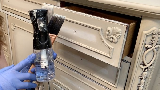 Use A Fine Mister For Blending Paint on Furniture