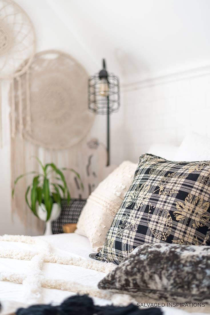 7 Simple Bedroom Decorating Ideas | Fall Makeover - Salvaged ...