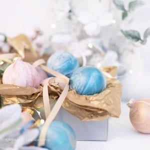 Pour Paint Technique on Ornaments