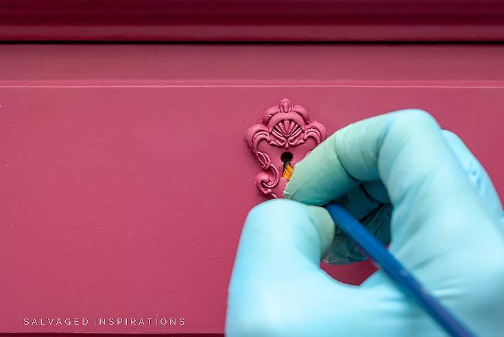 Painting Dresser Keyhole