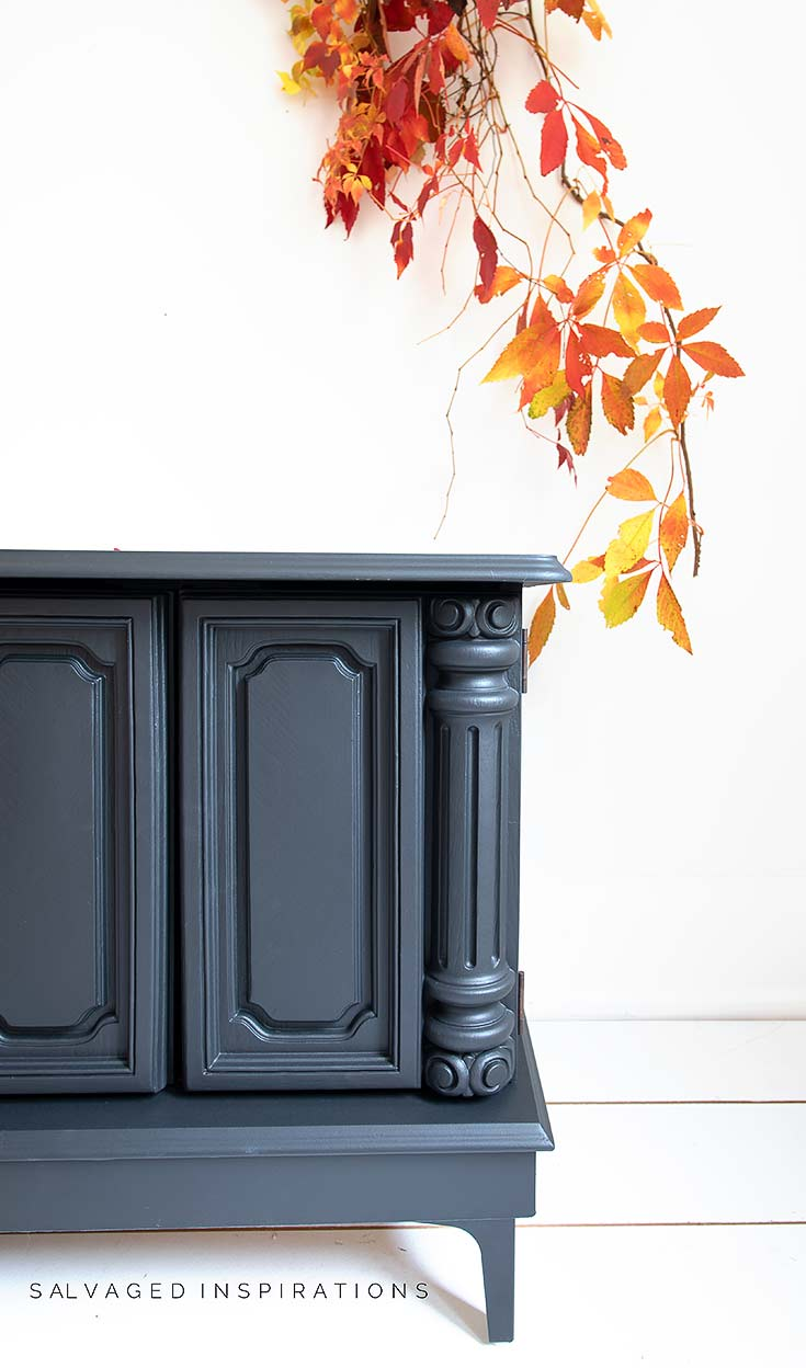 Caviar-Painted-Side-Table-With-DIY-Legs
