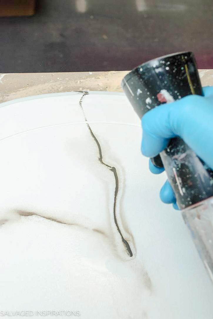 Misting Painted Marble Veins