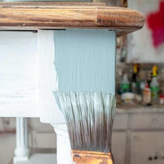 Best Paint Brush for Furniture Painting