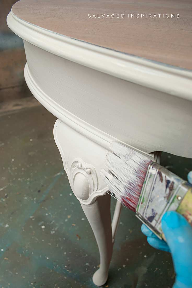 Painting Vintage Table in Sawmill Gravy