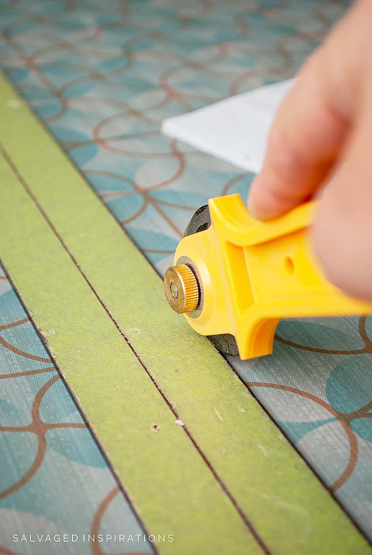 Cutting Vinyl Drawer Liners